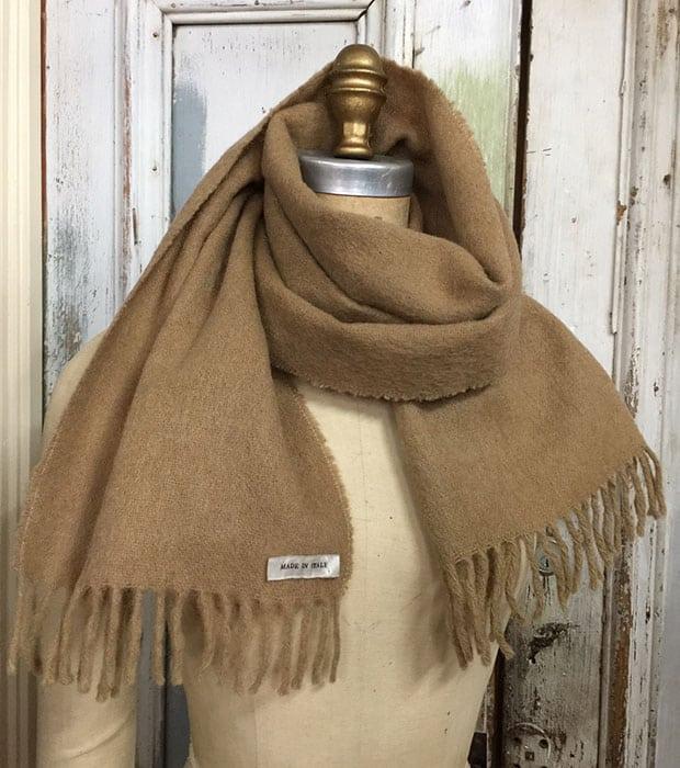camel-scarf
